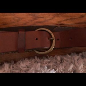 Gap Jeans 1969 - brown leather belt - gold buckle